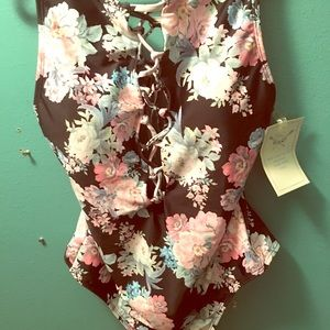 NWT || one piece floral bathing suit